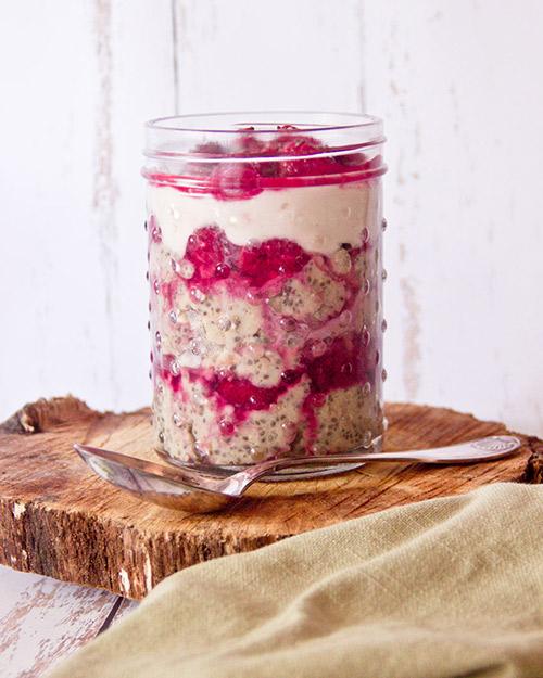 recettes d'overnight porridge sans cuisson framboise vanille