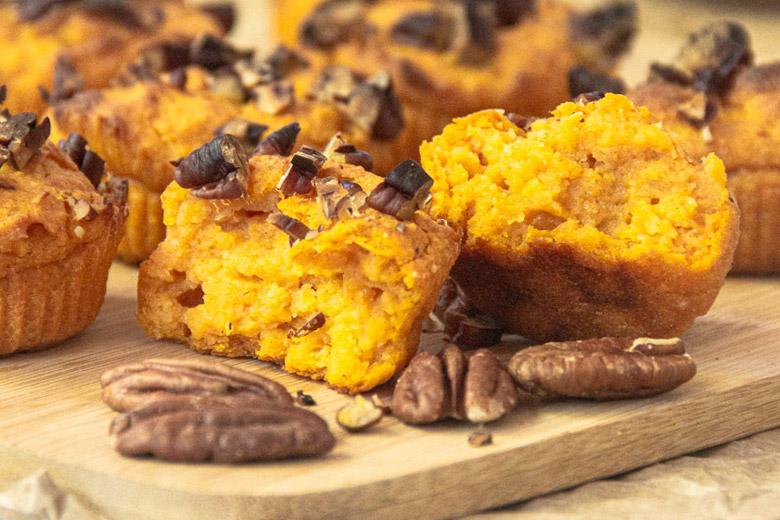 Recette de mini cakes à la patate douce et aux noix de pécan, recette végétalienne sans lactose