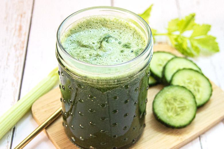 Recettes de jus de légumes à l'extracteur pour le matin